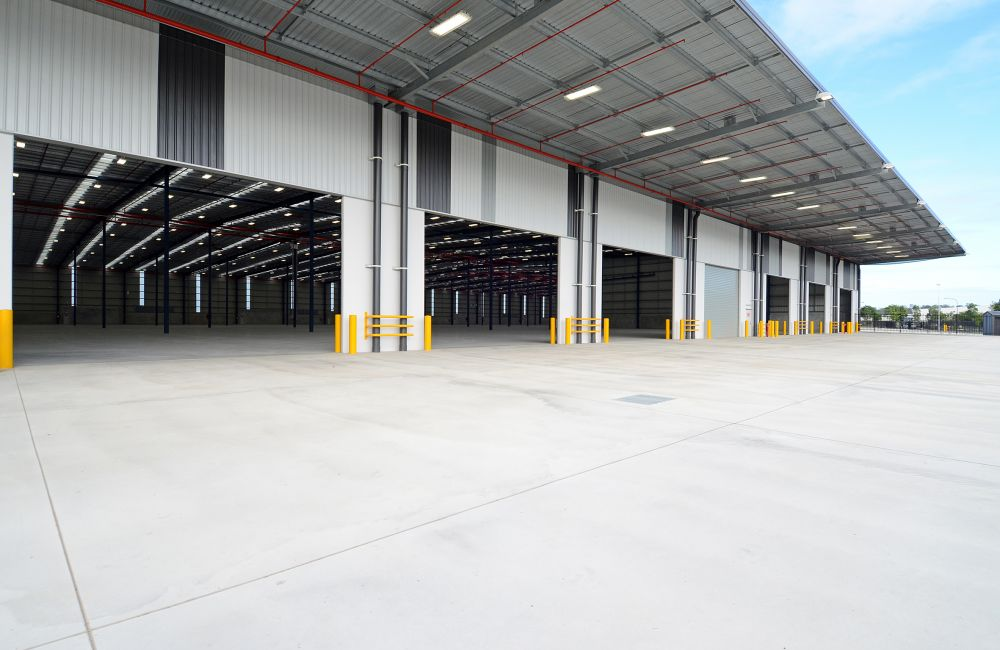 Industrial/Warehouse For Lease - 50-70 Radius Drive, Larapinta QLD 4110